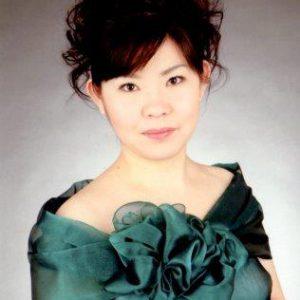 横谷静美(ピアノ)