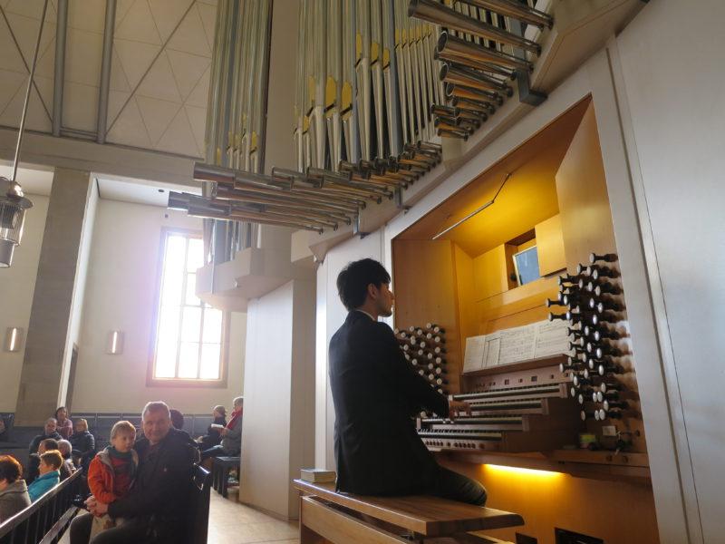 シュティフツ教会での仕事