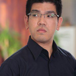 中村圭介(ピアノ)
